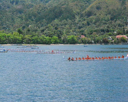 Travel.Tinuku.com Ambon Bay Fiesta brings boat racing competitions, maritime culture and Maluku strong spicy culinary