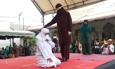 Hukuman Cambuk di Aceh Bikin Warga Malaysia Meneteskan Air Mata