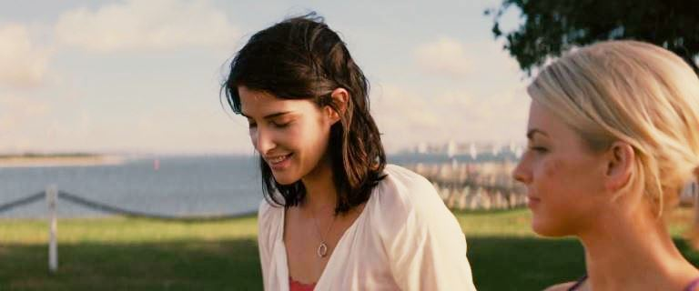 Movie and TV Cast Screencaps: Cobie Smulders as Carly ...