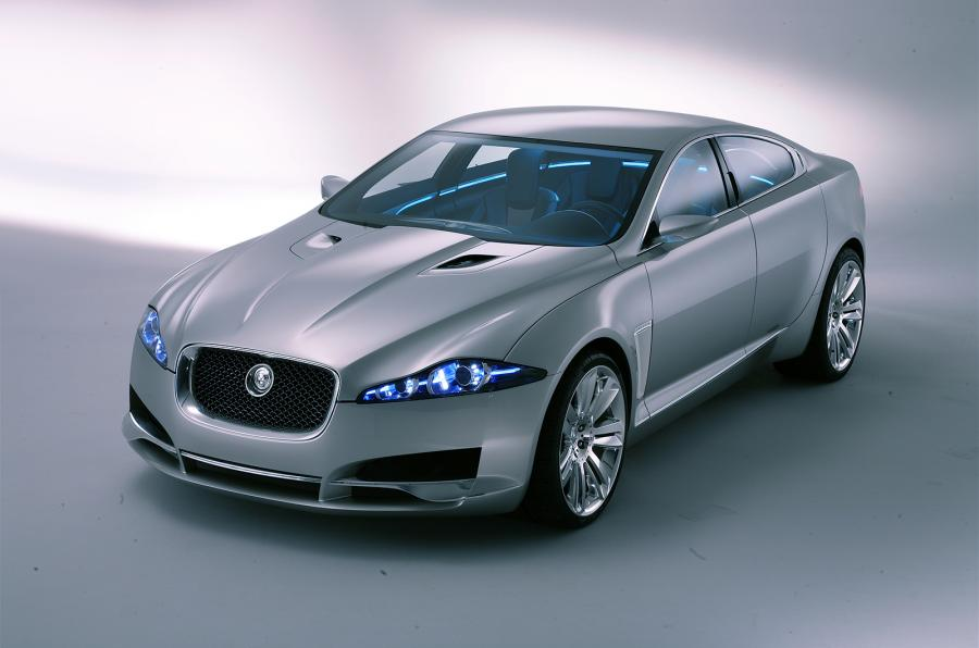 The Lamp Of 2017 Jaguar Xj Combines Led Technology With Adaptive Full Automatic High Beams A Standard Feature In All 2016 Lineup
