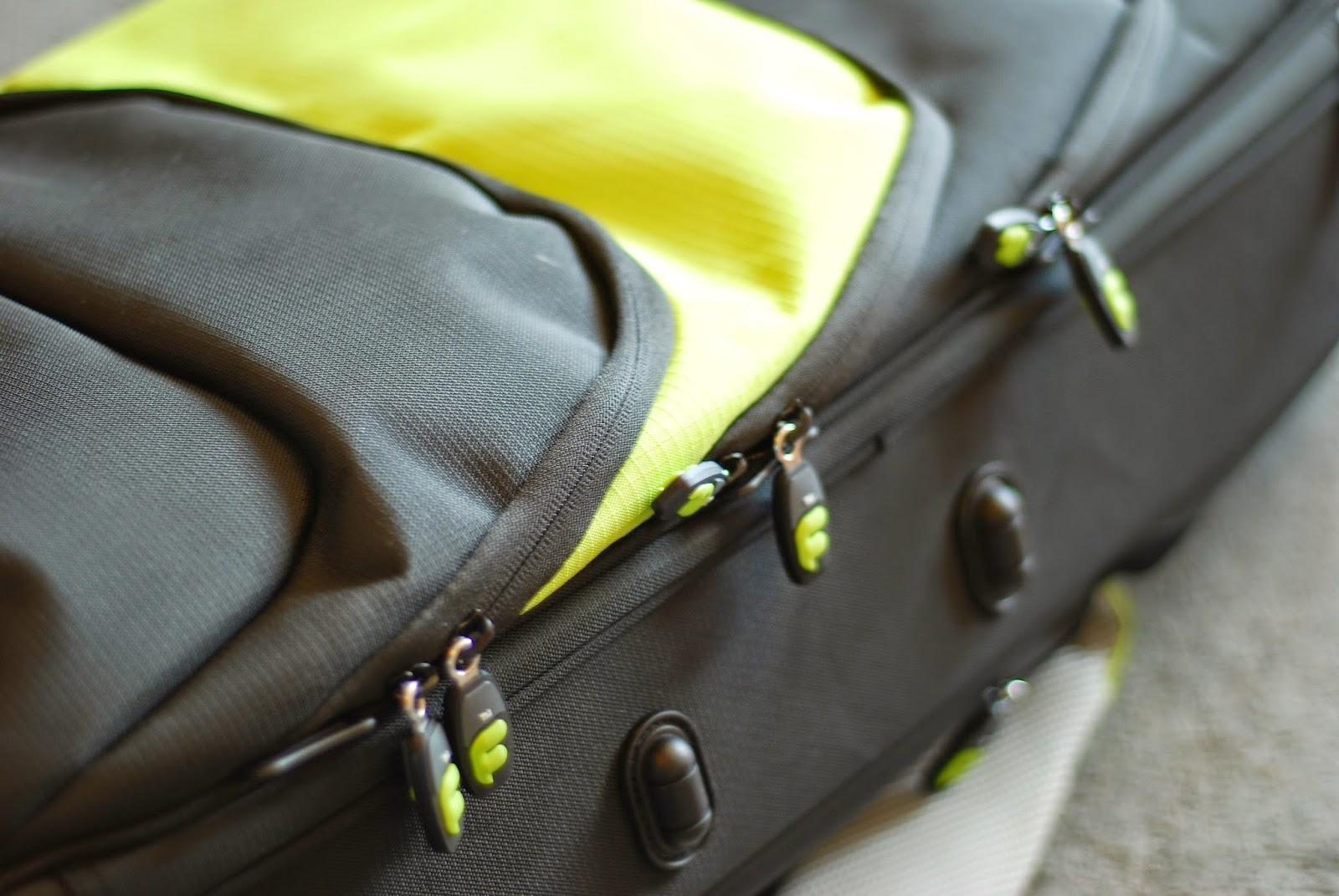Fusion Premium Ukulele Gig Bag zips