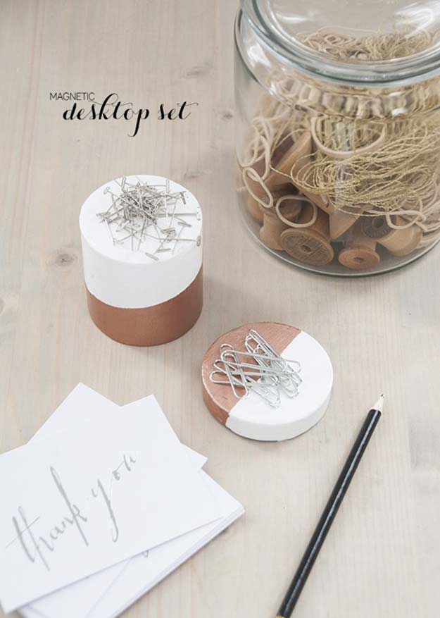 10 Irresistible Diy Crafts For Your Desk Decor You Ll