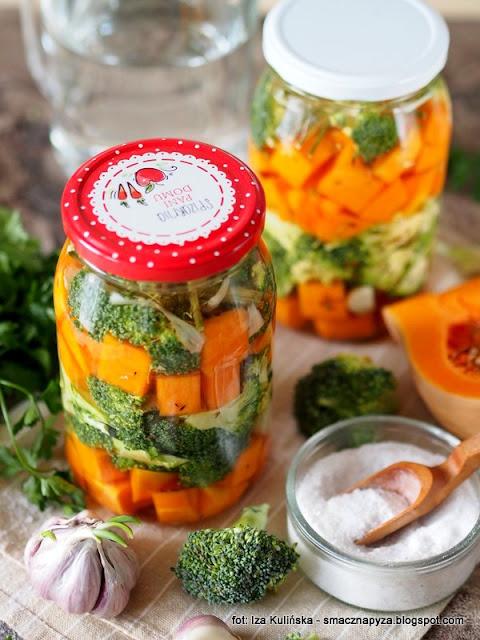 kiszona dynia, kiszone brokuly, kiszone warzywa, kiszenie w domu, jak zakisic dynie, kiszonki to zdrowie, witaminy, przetwory