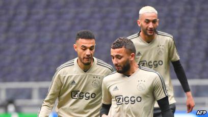 لاعبو أياكس أمستردام المغاربة يعتزمون الصوم رغم مطالبة الكادر الطبي