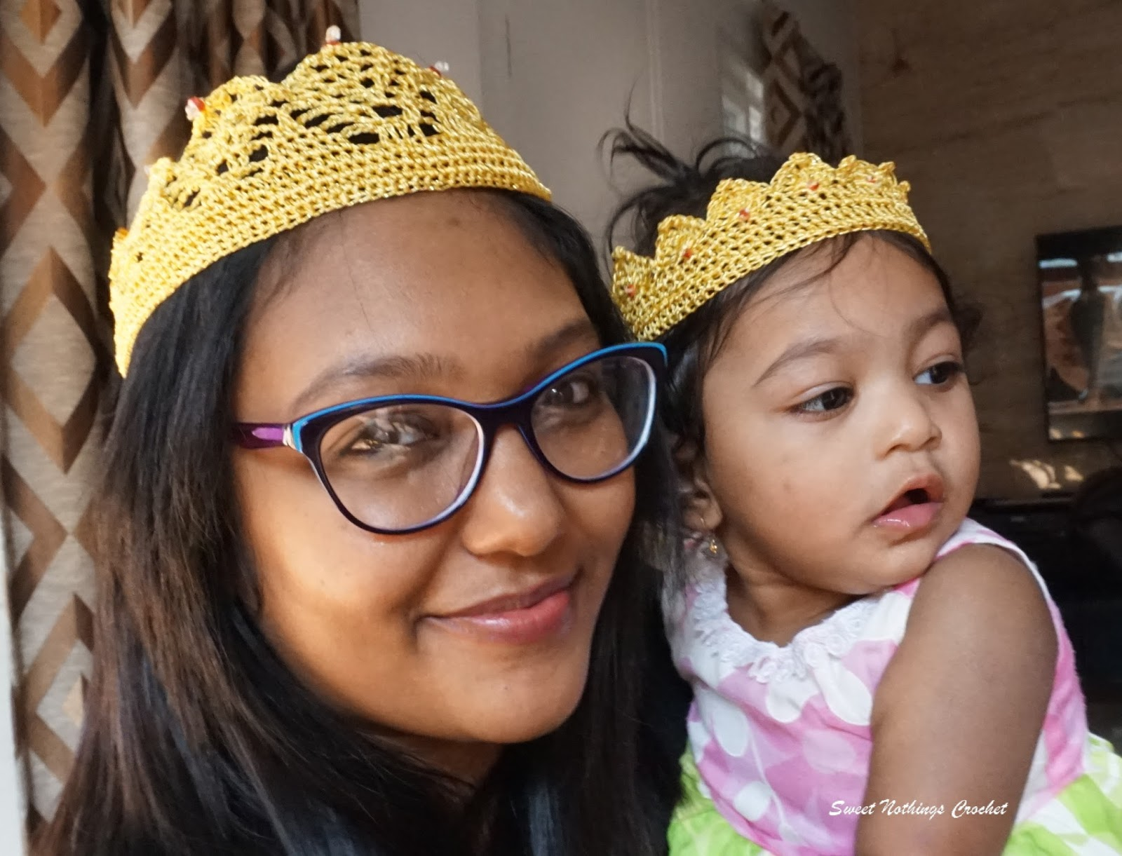 Sweet Nothings Crochet: PRINCESS CROWNS for mum and baby