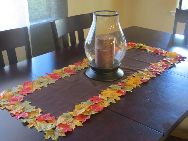 Diy Fall Leaf Table Runner The Lovebugs Blog