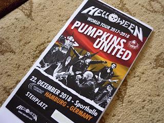 poza cu biletul pentru concertul Helloween de la Hamburg din decembrie 2018, fata