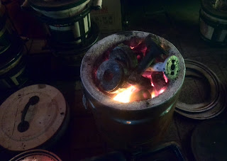 The shichirin is a lightweight, compact, and easy-to-move cooking stove.