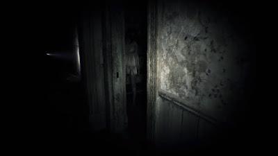 Relato breve sobre una chica fantasma y unos ruidos nocturnos