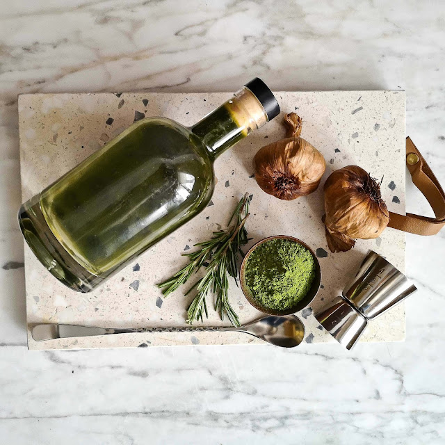 recette-sirop-ail-noir-matcha-romarin,cocktail,gin-furlong,la-chaufferie,madame-gin