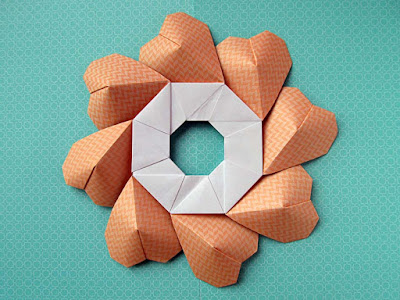 Origami Ghirlanda di cuori - Garland of hearts by Francesco Guarnieri