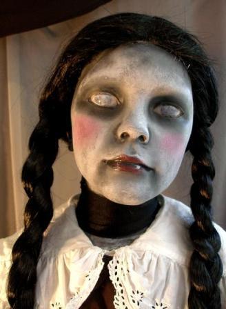 boneka paling menyeramkan dan mengerikan di dunia