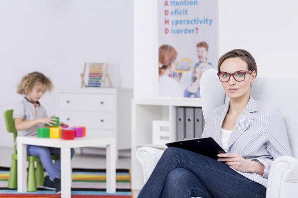 Máster MBA en Administración y Dirección de empresas experto en Guarderías y Jardín de infancia