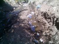 Warga Sorot Pekerjaan Proyek Talud Sungai di Lingkungan Sapaga