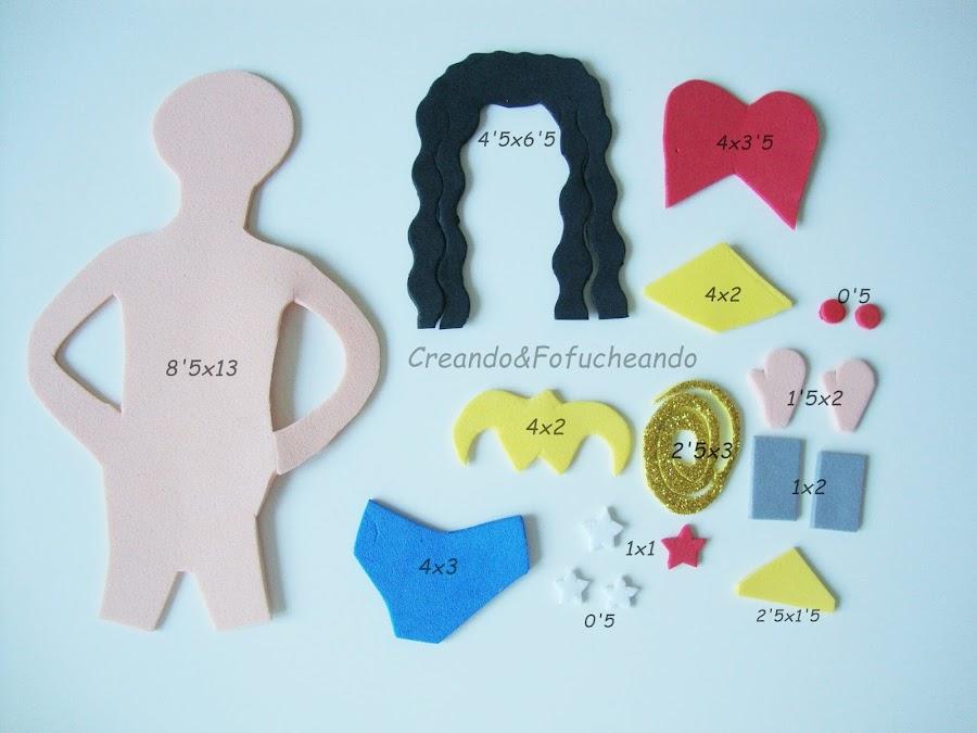 piezas-y-medidas-libreta-decorada-con-Fofucha-wonder-woman