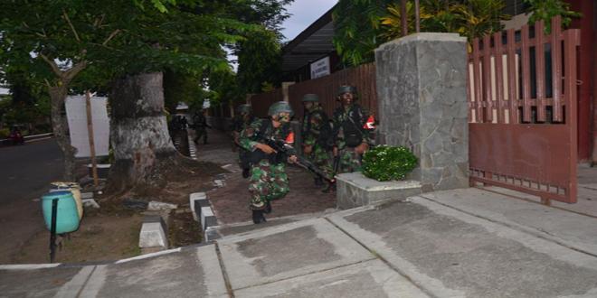 Yonif Raider 412 Kostrad Latihan Pertempuran Kota
