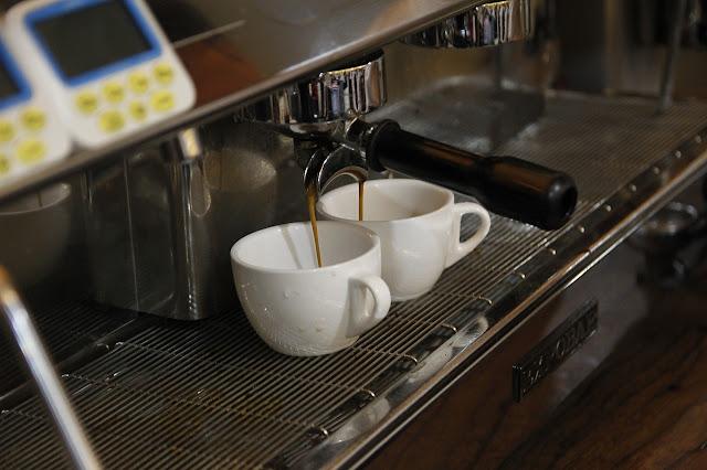 الة صنع القهوة التركية