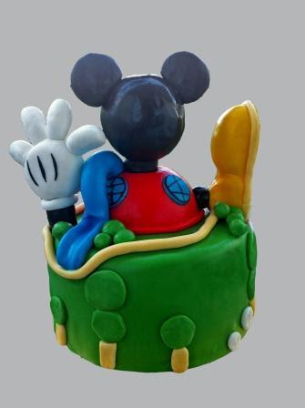 g teau d 39 anniversaire maison de mickey mam 39 zelle cakes. Black Bedroom Furniture Sets. Home Design Ideas