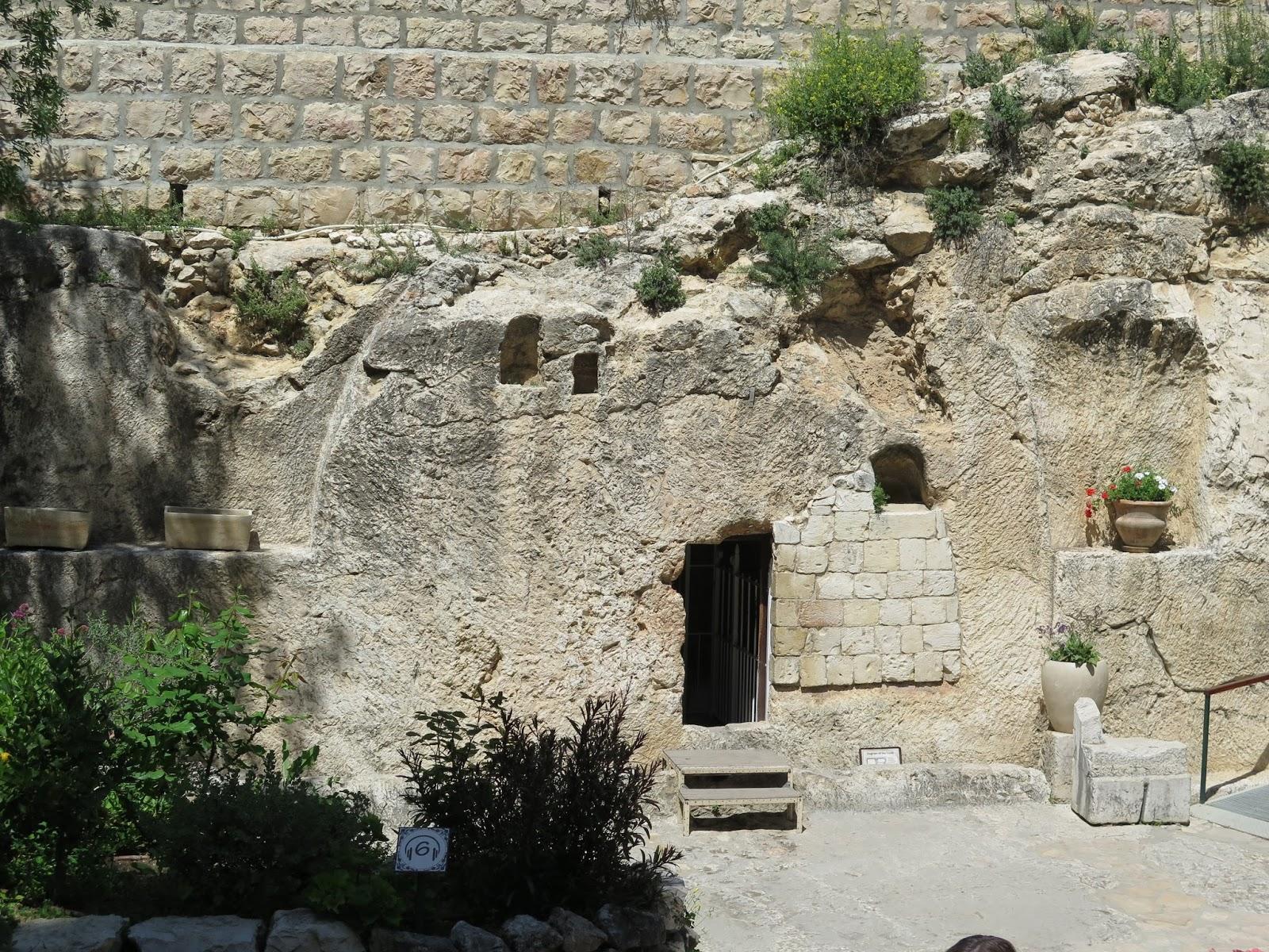 holyoaks   holy land  garden tomb