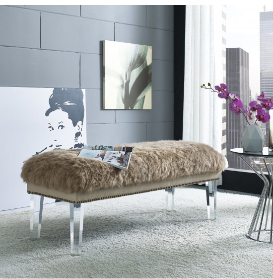 My 6 Favorite Sheepskin Finds For Your Home www.toyastales.blogspot.com