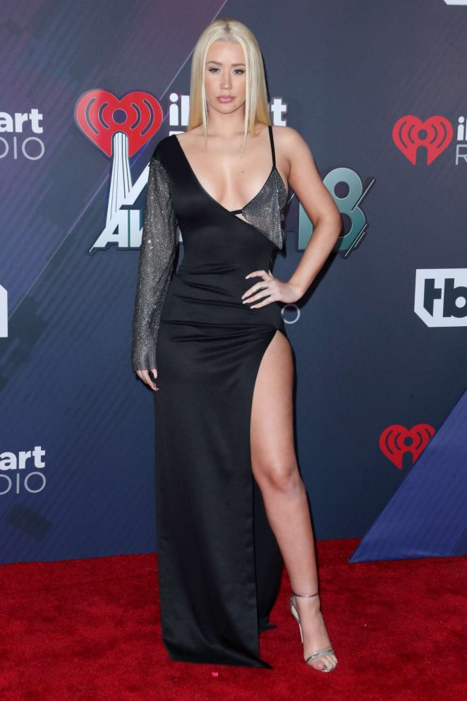 Iggy Azalae bares skin and curves at the 2018 iHeart Radio Music Awards