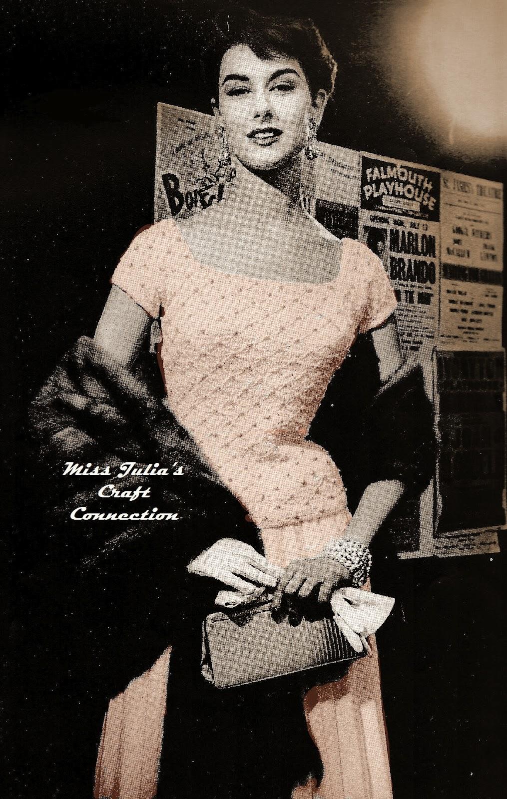 Free Vintage Vogue Knitting Patterns : Miss Julias Patterns: Free Patterns - 25 Luscious Leg Warmers to Knit &a...