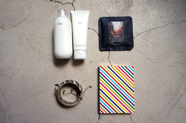 Top Travel Items This Summer IPSA Cleansing Foam & IPSA Metabolizer Sensitive Emulsion review