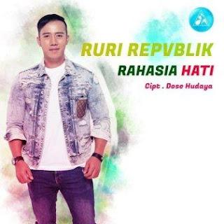 Lagu ini masih berupa single yang didistribusikan oleh label DH Production Indonesia Lirik Lagu Ruri Repvblik - Rahasia Hati