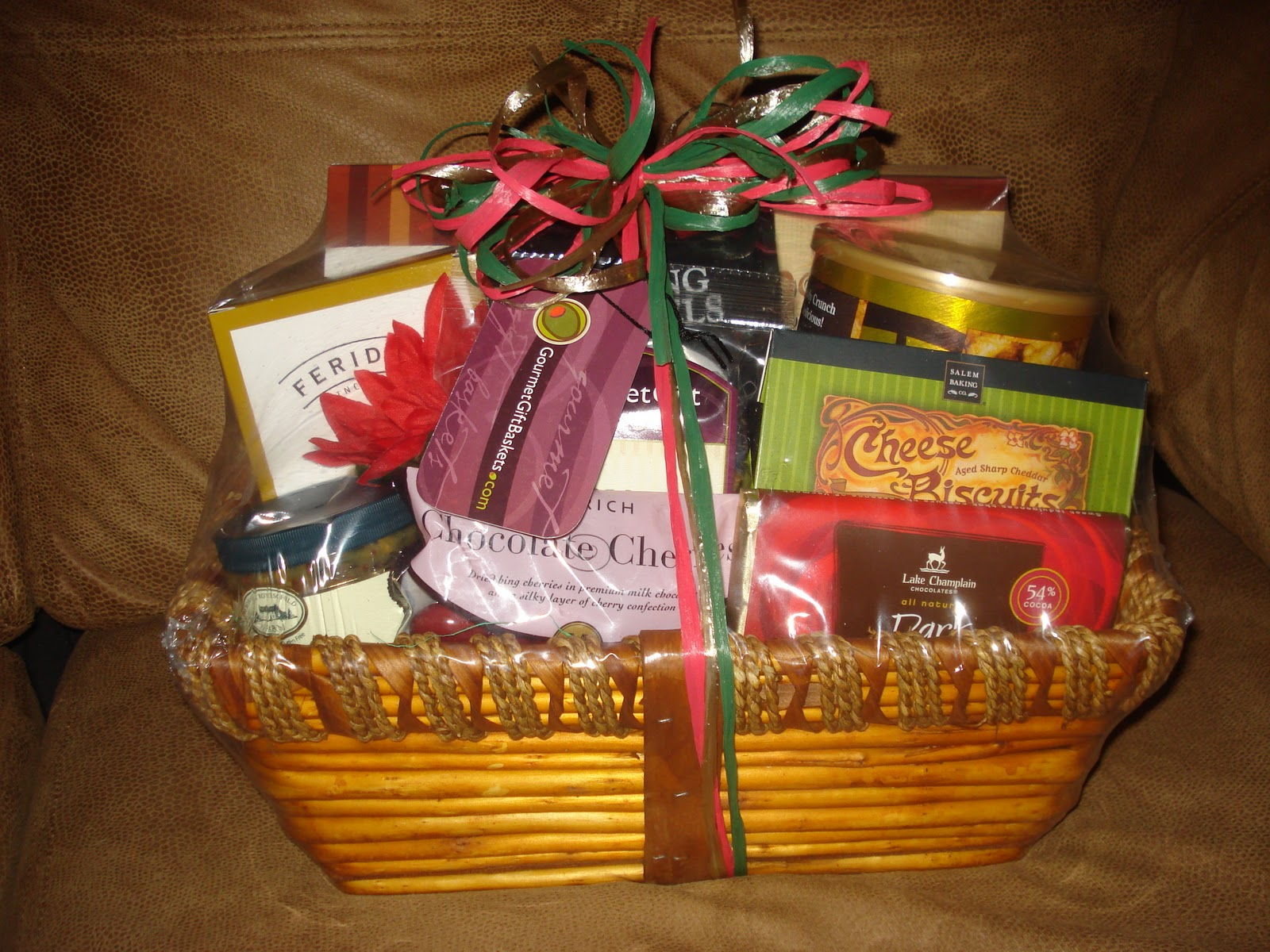 Gift Baskets For Birthdays Christmas Valentines Day New Years Anniversarys New Baby Etc These Baskets Very In Price But They Are So Worth It