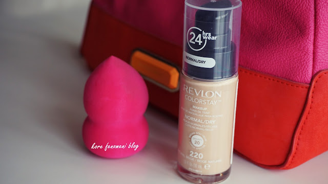 revlon and blending sponge