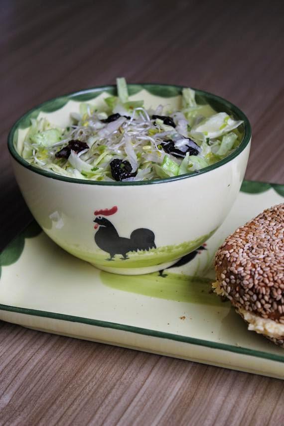 Spitzkohl-Kohlrabi-Salat