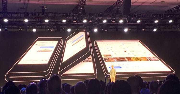 Smartphone Lipat Baru dari Samsung, Simak Spesifikasi dan Desainnya!