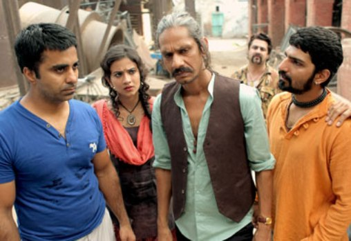 Vijay Raaz and Jatin Sarna in Saath Uchakkey