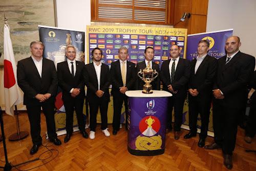 La UAR y la Embajada de Japón recibieron el trofeo Webb Ellis
