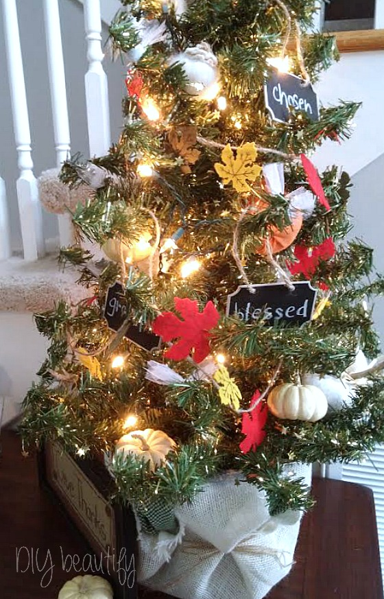 Decorate a Thanksgiving Tree at www.diybeautify.com