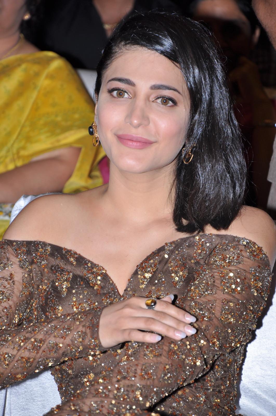 Premam Movie Actress Shruthi Hassan