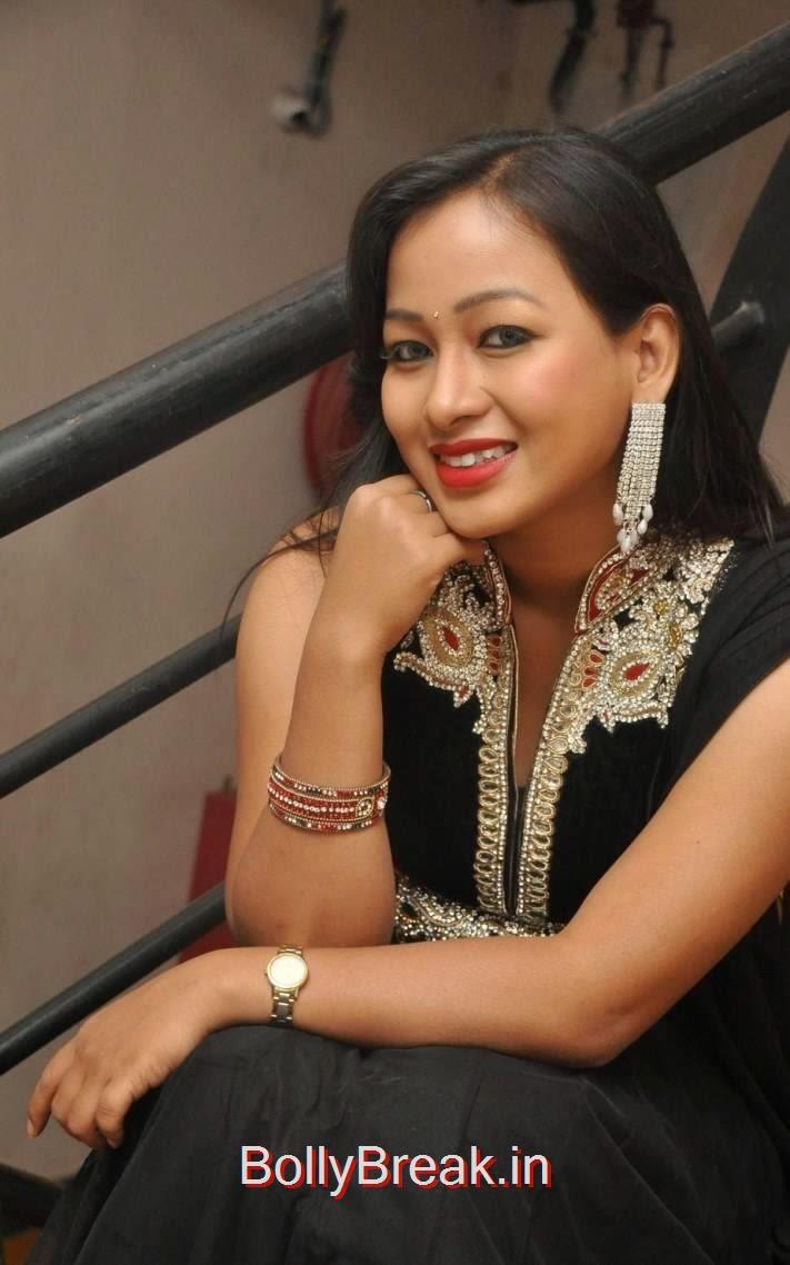 Special Songs Actress Sneha Pics In Black Shalwar Kameez, Actress Sneha Hot pics In Black Shalwar Kameez