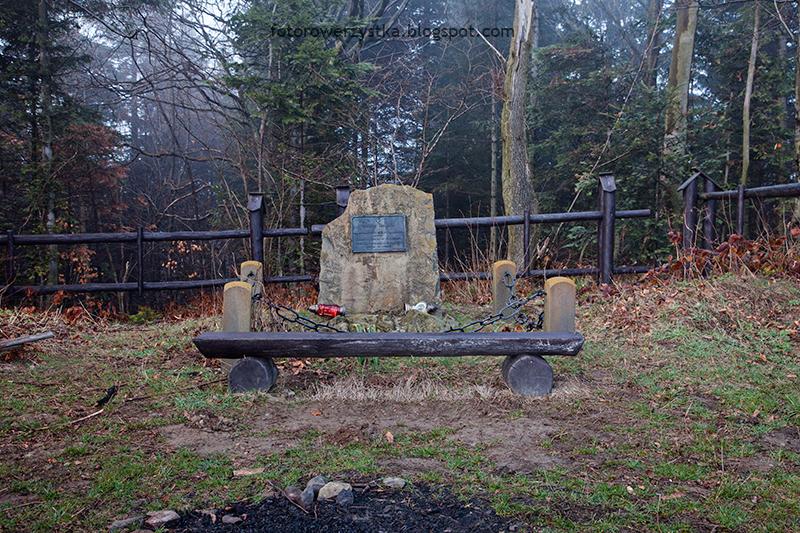 pomnik partyzantów
