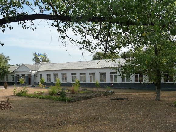 Авдеевка. Школа № 4 после ремонта