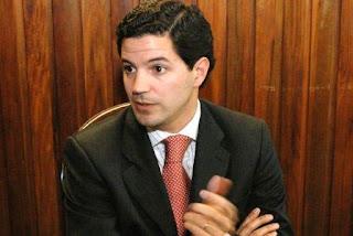 El jefe de la Comisión de Presupuesto y Hacienda, el macrista Luciano Laspina, dijo que en el gobierno están 'convencidos' de que el proyecto oficial 'es equilibrado' y 'tiene un costo fiscal que podemos afrontar'.