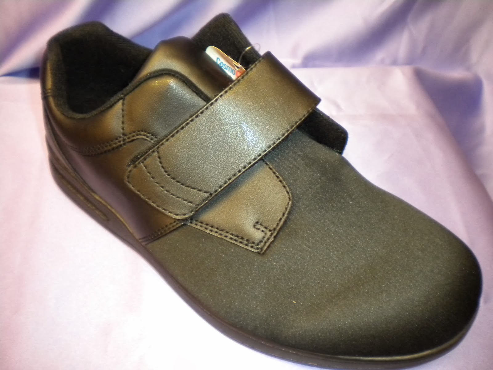 103d3389df is on premises at all times and works with each customer to satisfaction.  For those not familiar, a C.Ped is a footwear specialist that addresses  issues ...