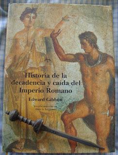 Portada del libro Historia de la decadencia y caída del Imperio Romano, de Edward Gibbon y Dero A. Saunders
