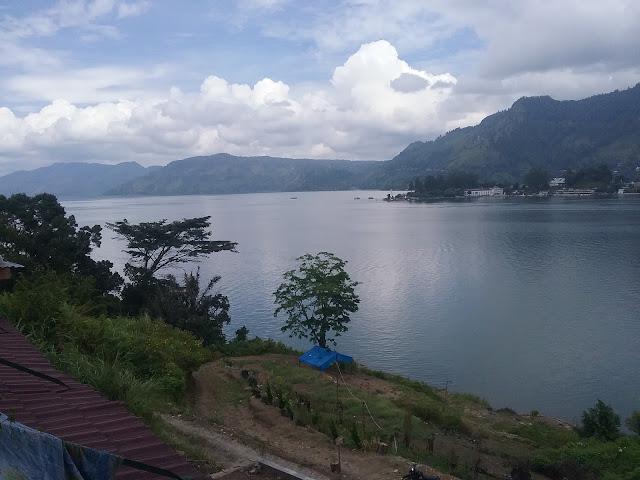 Keindahan Danau Toba dari Huta Jambu kecamatan Ajibata Kabuoaten Toba Samosir