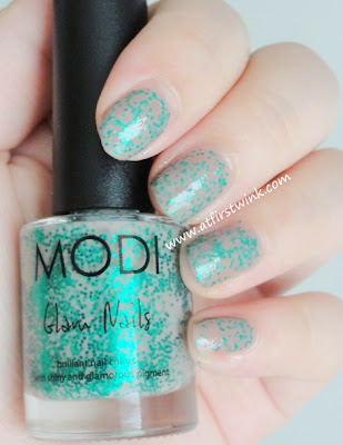 Modi nail polish 79 - Bustier review