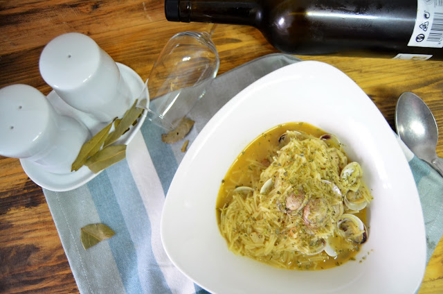 sopa, sopa de almejas, sopa de fideos, sopa de fideos a la marinera, sopa de fideos con almejas, sopa de fideos con pescado, sopa de fideos receta, sopa de marisco, las delicias de mayte,