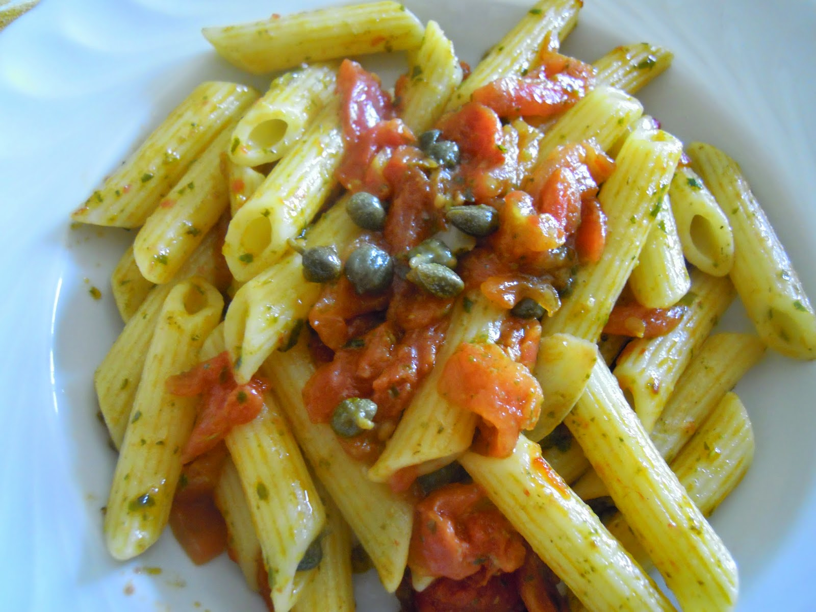 http://cresciutiapastasciutta.blogspot.it/2015/01/expo-capperi-radicchio-e-provole.html