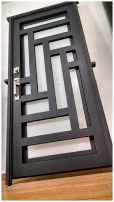 model pintu deapn minimalis besi