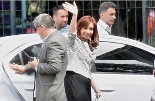 Se la acusa de 'direccionar' la obra pública para favorecer a Báez, también procesado junto a De Vido y López. La embargaron por $10 mil millones.
