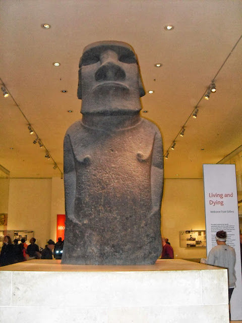 moai en el british museum london
