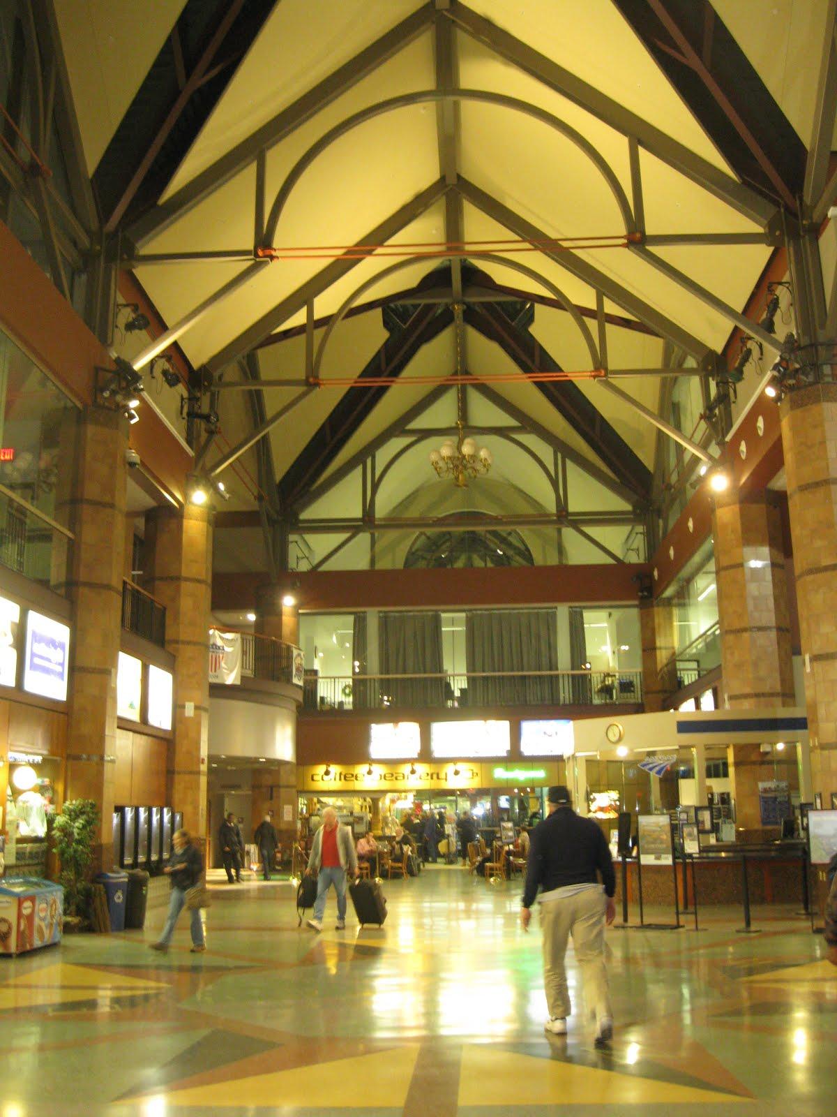 Airline Terminal Mania: Surprise! Albany's Impressive